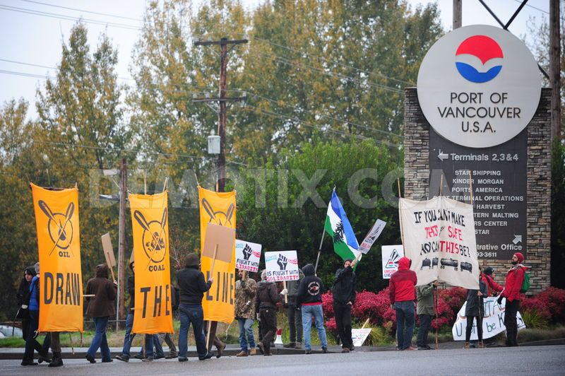 Climate Activists Hold Community Picket Against Proposed Oil Terminal