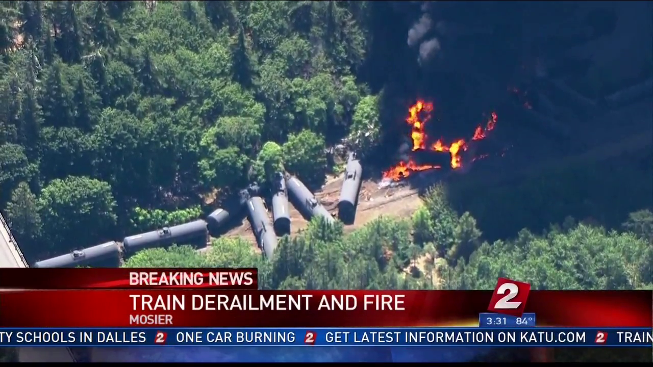 "Union Pacific Apologizes for ""Inconvenience"" as Oil Drips Onto Tracks and Trains Resume after Explosion"